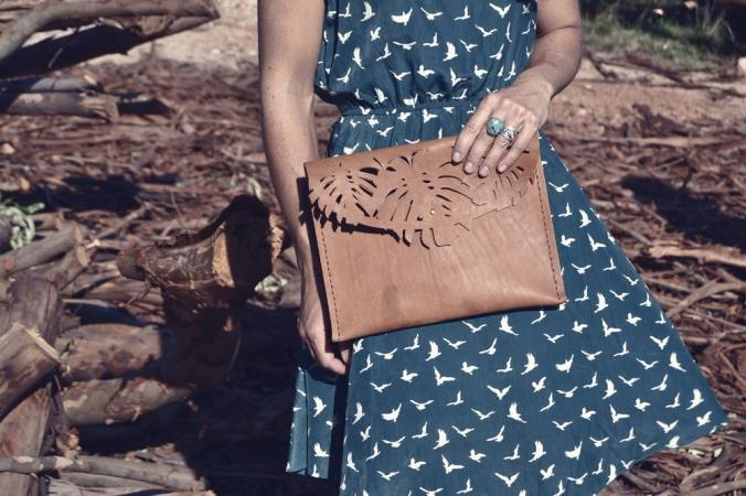 Ilundi leather clutch
