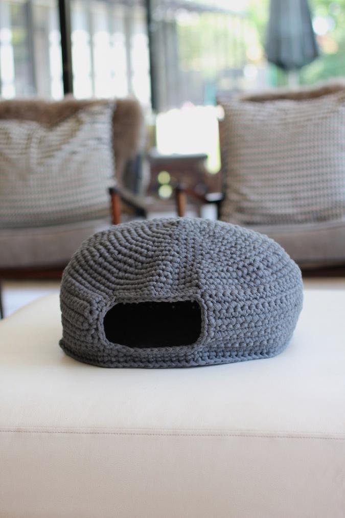 Benji + Moon | Handcrafted crochet cat den